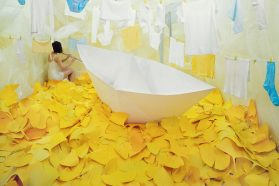 I racconti di Jee Young Lee in 360 x 410 x 240 cm