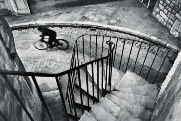 Hyeres, 1932 © Henri Cartier Bresson