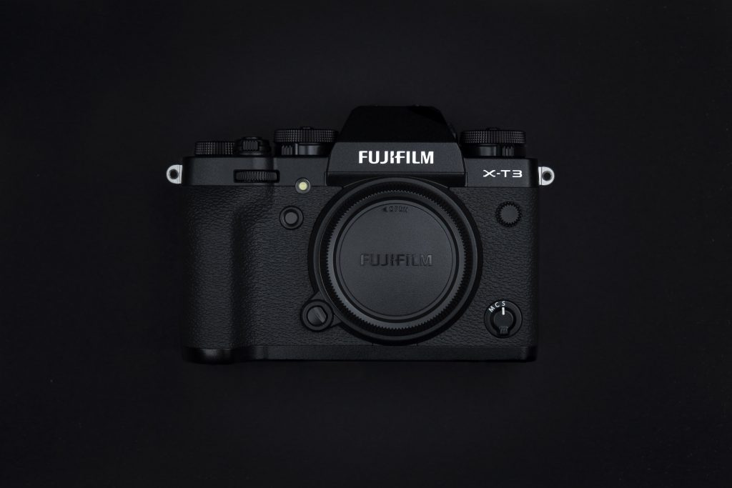 Il design ricalca quello della Fuji XT-2